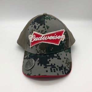 NWT Budweiser SnapBack Hat with Bottle Opener
